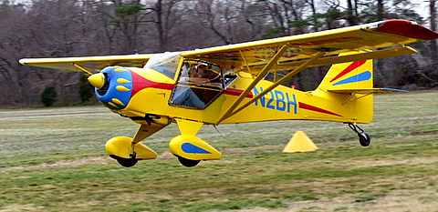 Kitfox IV on departure. Love the paint!