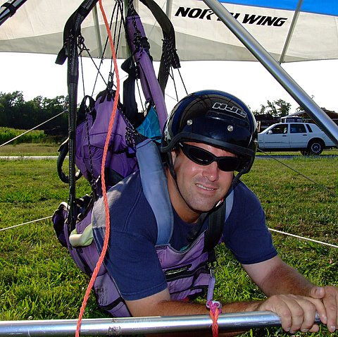 Hang Gliding at Campbell Field Airport